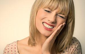 Зуб реагирует на воздух